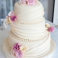 Czy tort jest koniecznością na weselu?