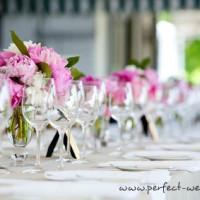 Jak usadzić gości przy weselnym stole?